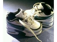 Infant size 5 Nike air max