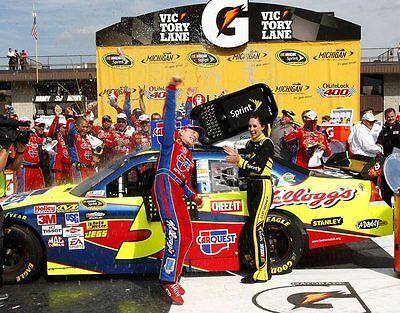 Mark Martin NASCAR Cup Series Race Car Driver in Victory Lane 8x10 Glossy Photo Mark Martin Race Car Driver