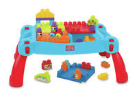 Mega Bloks Table & Scooping Wagon