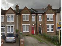 DSS WELCOME - Modern 3 bedroom house with garden to rent on Adamsrill Road, Sydenham, SE26 4AH