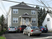 2 STOREY APARTMENT - Riverview - Washer/Dryer included