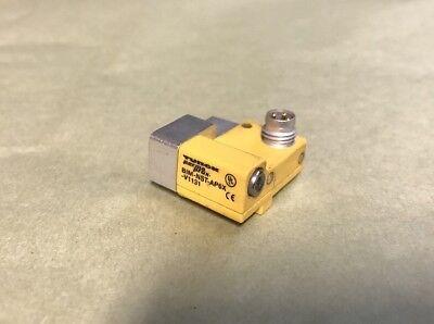 Turck Bim-nst-ap6x-v1131 Magnetic Field Sensor For Pneumatic Cylinder Sonotronic