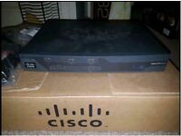 Cisco Systems C887VA-K9 Cisco 880 Series Integrated Services Router. £12