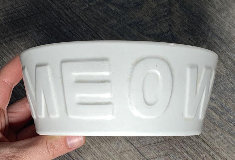 """MEOW Cat Bowl Ceramic Pet Food Water Dish White 5"""""""