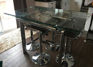 AIDA Glass & Chrome Table w/ 4 Urban Barn Chrome & Brown Stools