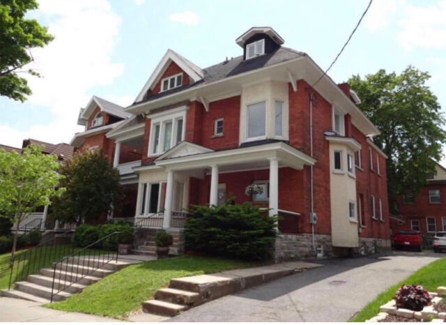 Student Rooms for Rent in Sandy Hill / Ottawa U Area
