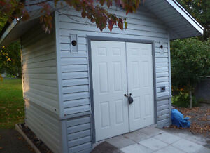 Aluminum Sided Wooden Shed 10' x 10'