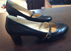 Hush Puppies Women's size 8.5 Leather dress shoes