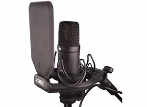 RODE N21 A MICROPHONE + SCARLETT SOLO INTERFACE + MIC STAND