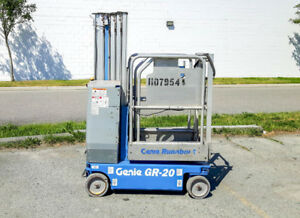 2009 Genie GR20 Runabout Man Lift For Sale