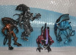 ALIENS action figures set of 4