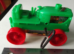 LOUIS MARX & CO. Plastic and Tin Litho TRACTOR Wind Up Toy LM77