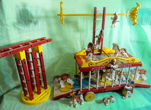VINTAGE FISHER PRICE WOODEN CIRCUS