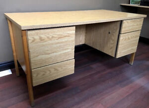 DESK IN GREAT CONDITION!
