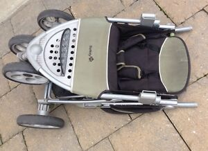 Safety 1st folding baby Stroller London Ontario image 3