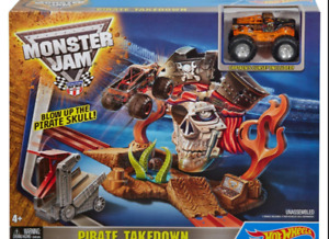Hot Wheels Monster Jam Pirate Takedown Playset - BRAND NEW