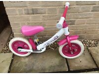 Pearl girl's balance bike.
