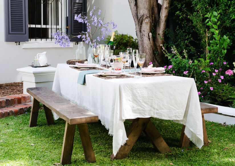 Your Guide to Choosing a Garden Table