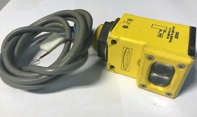 BANNER 53994 PHOTOELECTRIC SENSOR SWITCH Q453E Fast Shipping