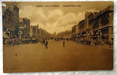 Postcard North Main Street Business Brookfield Missouri  32