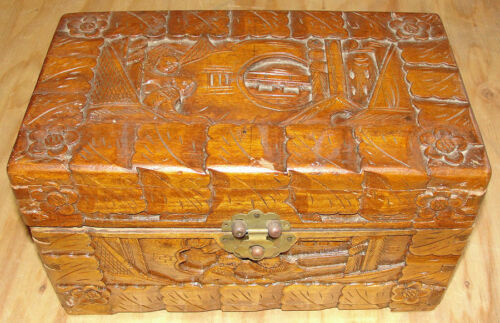Vintage Chinese Hand Carved Camphor Wood Jewelry Trinket Box Circa Mid 1900