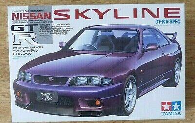 TAMIYA 24145: NISSAN SKYLINE GT-R V spec. 1/24 Sc Plastic Model Car Kit.