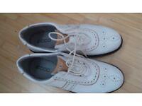 Ladies golf shoes size 5