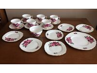 CColclough 20 Pieces Red and Pink Roses - Bone China- Made in England