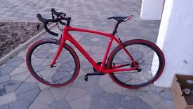 Road Bike Trek Domane SL 6 Pro (like new, never used)
