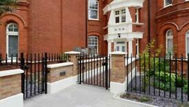 3 bedroom flat in Ravenscourt Park, London, W6