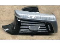 Bmw 5 series G30 piano black dash board trims av