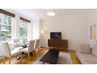 3 bedroom flat in Hamlet Gardens, Ravenscourt Park, London W6