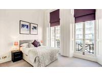 2 bedroom flat in Somerset Court,, Lexham Gardens