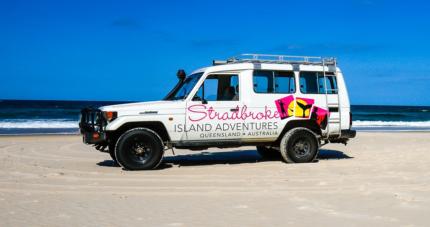SOUTH STRADBROKE ISLAND BOAT/4WD TOUR - 6 PERSON -  XMas Special