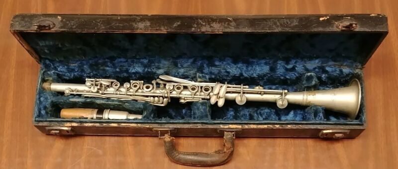 RARE VINTAGE P.X. LAUBE METAL CLARINET - KEY OF Bb - LOW PITCH