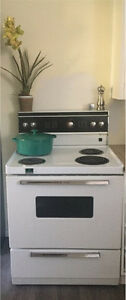 """30"""" White Westinghouse Electric Stove/Oven/Range"""