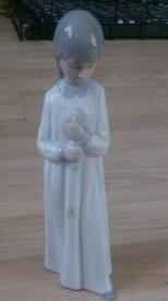 Lladro Nao - Girl Holding Candle