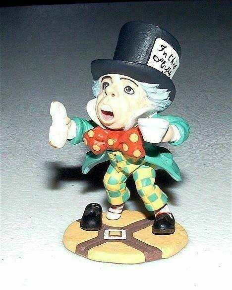 KAIYODO Alice In Wonderland MAD HATTER Mini Figure SIR JOHN TENNIEL