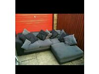 Corner sofa mint condition can be delivered