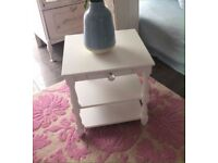 Shabby Chic table with decorative glass knob