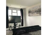 Loft Double Room to Rent in Shared Property at Hillfoot Avenue, Romford RM5