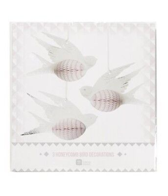 3 x Pretty birds paper hanging honeycomb White Birds Hanging Wedding - Honeycomb Wedding Decorations