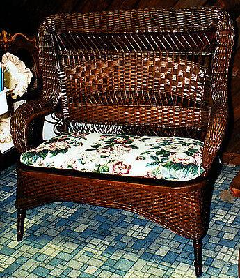 antique wicker loveseat setee by Larkin 1890-1900 excellent condition