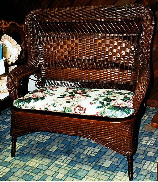 SALE  antique wicker loveseat setee by Larkin 1890-1900 excellent condition