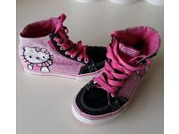 Girls Hello Kitty Vans Size 10 Cute girls canvas shoes