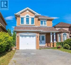 110 Holly Dr Richmond Hill Ontario Great house for sale!