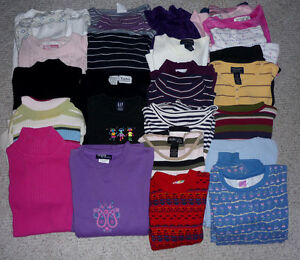 Sweaters  : Youth and Adult : Clean,SmokeFree Cambridge Kitchener Area image 1