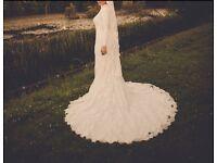 Essense of Australia Wedding Dress - Perfect Condition