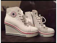 WEDGE CONVERSE TYPE SHOES SIZE 3
