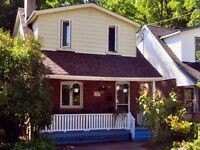 Richmond Hill Mill Pond 2 storey house for rent